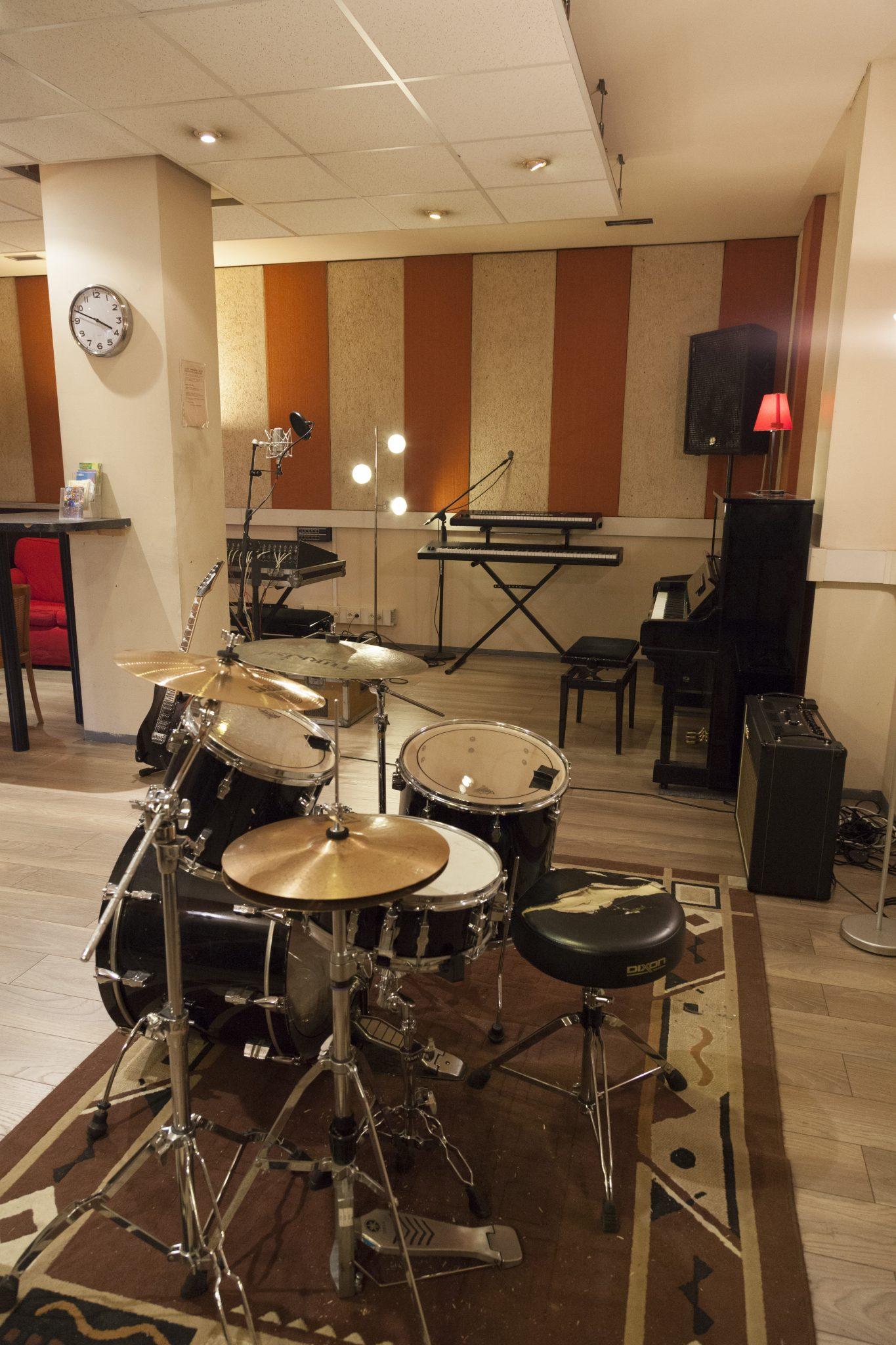 Studio Ella 10