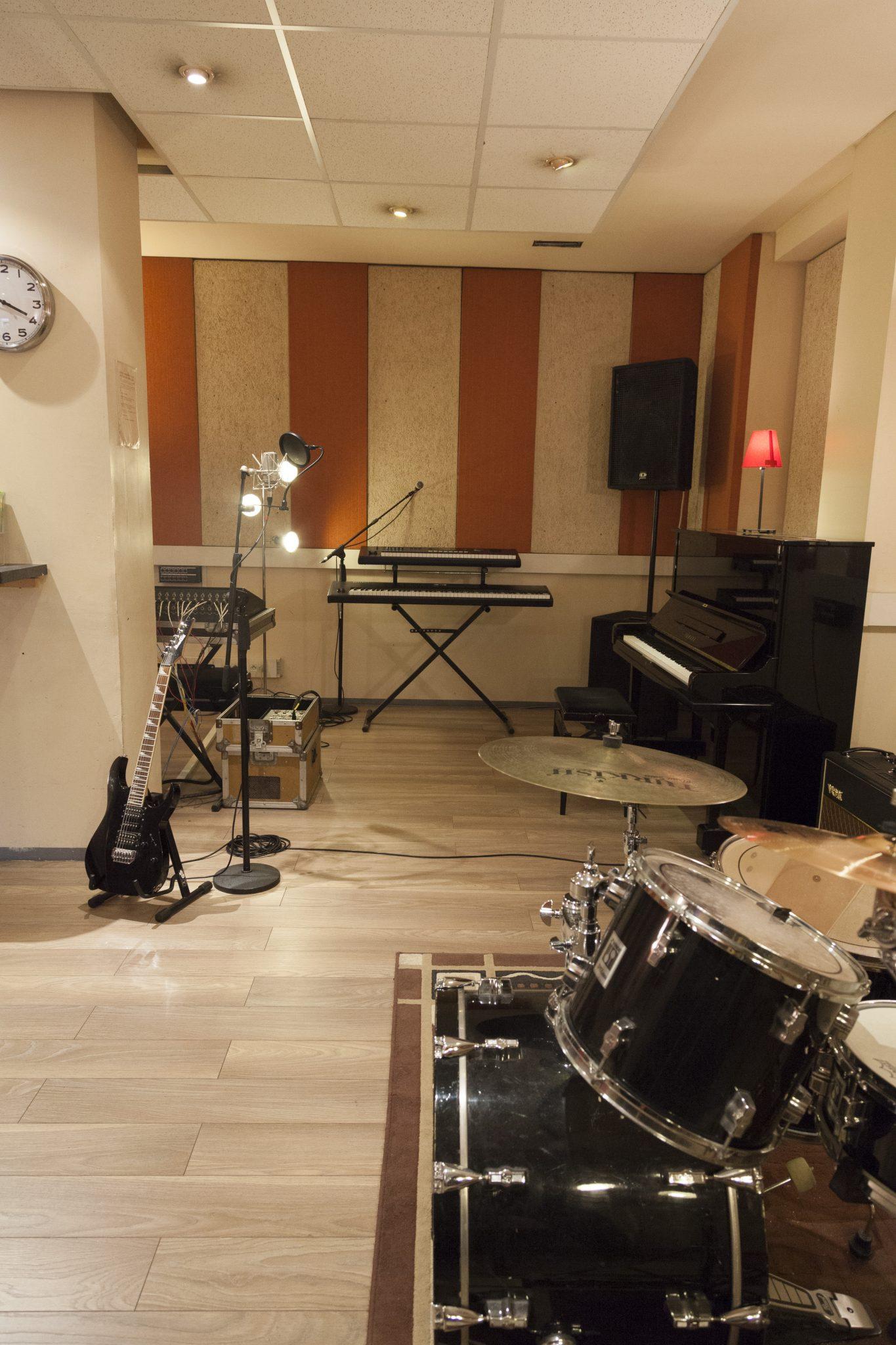 Studio Ella 12