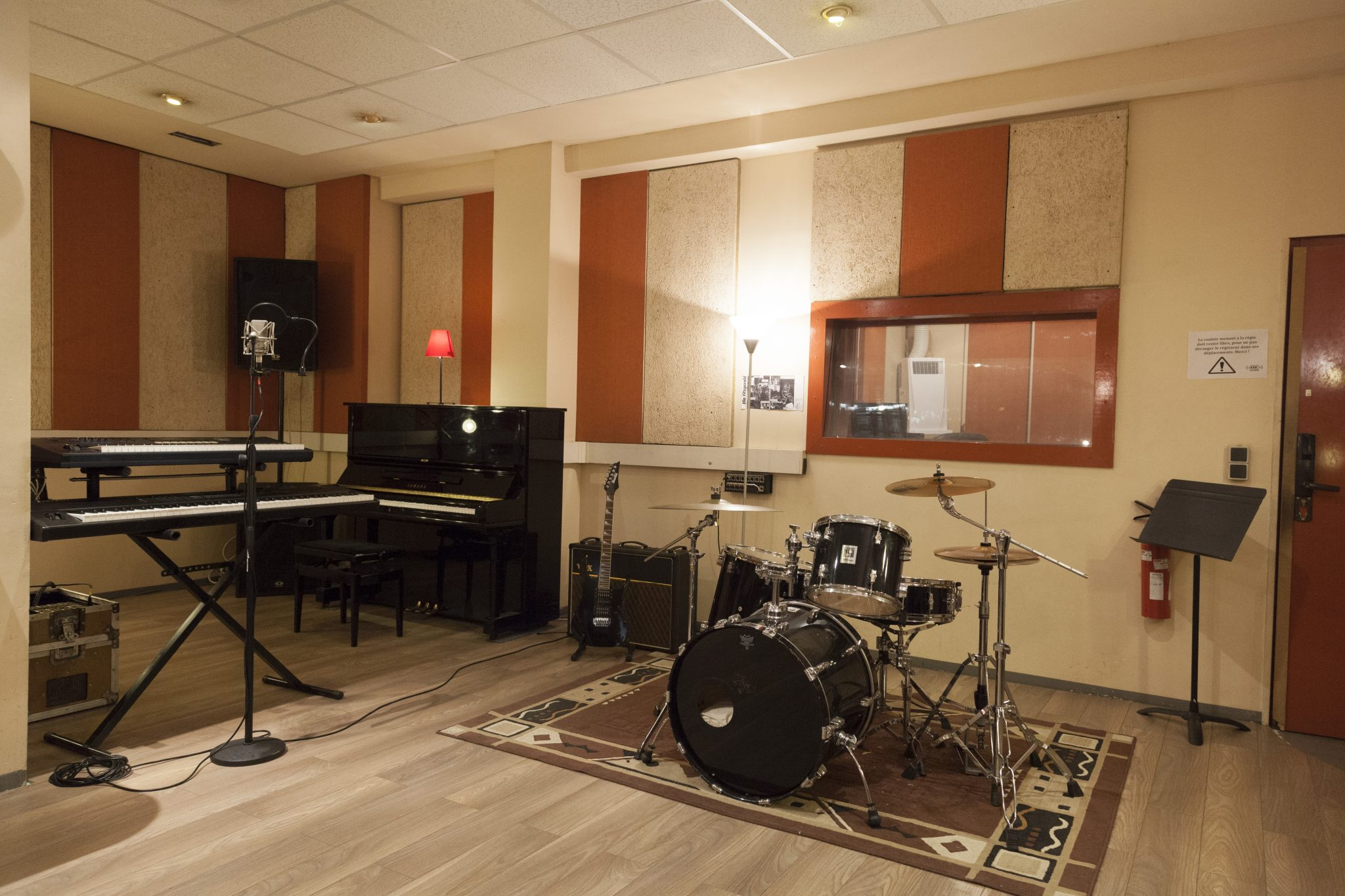 Studio Ella 8